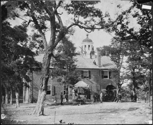 Fairfax Court House, Va between circa 1860 and circa 1865 Source: National Archives and Records Administration Series: Mathew Brady Photographs of Civil War-Era Personalities and Scenes, compiled 1921 - 1940, documenting the period 1860 - 1865 (National Archives Identifier: 524418)